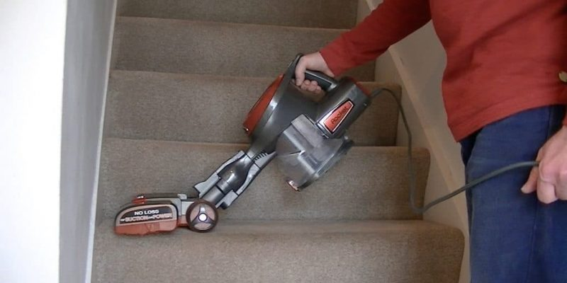 Best Vacuums for Carpeted Stairs