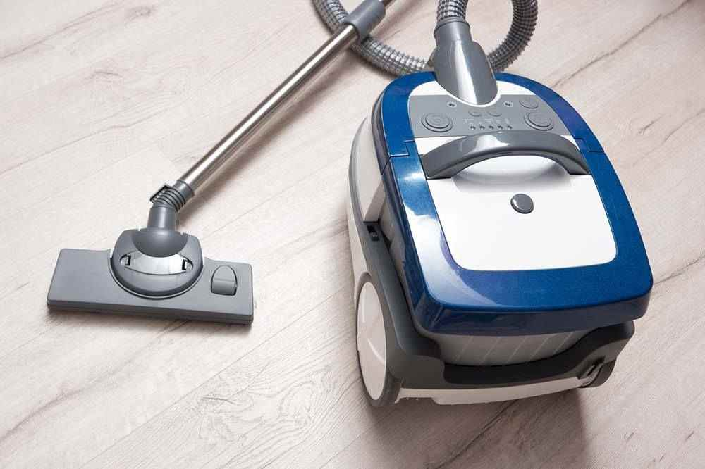 5 The Best Canister Vacuum For Hardwood Floors